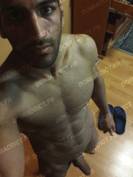 Salim, 40 ans (Paris)