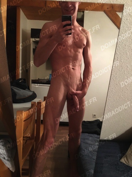 Kev, 27 ans (Paris)